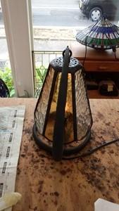 ステンドグラスのランプに挑戦しました