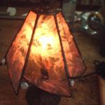 5作目 落ち着きのあるランプをステンドグラスで作りました