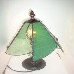 2作目はステンドグラスのランプに挑戦しました
