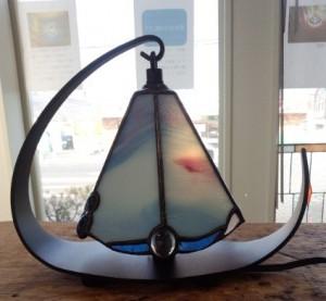落ち着いた色を出してくれるランプの完成です